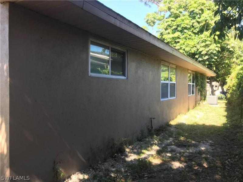 5848 Winkler, Fort Myers, FL, 33919