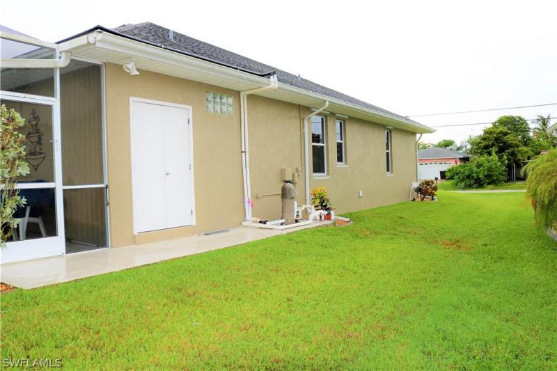 1946 Indian Creek, North Fort Myers, FL, 33917