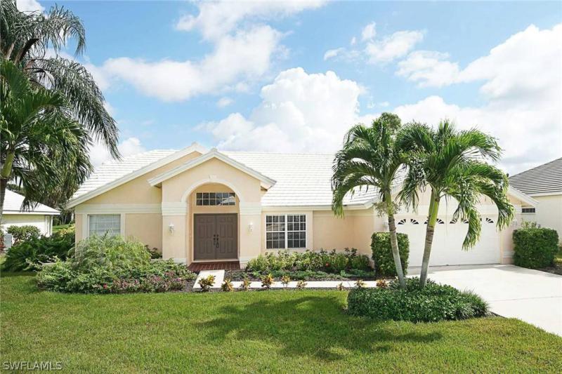 28807  Winthrop CIR, Bonita Springs, FL 34134-