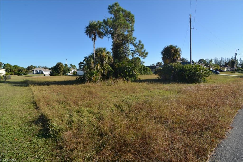 1533 Ne 35th Terrace, Cape Coral, Fl 33909