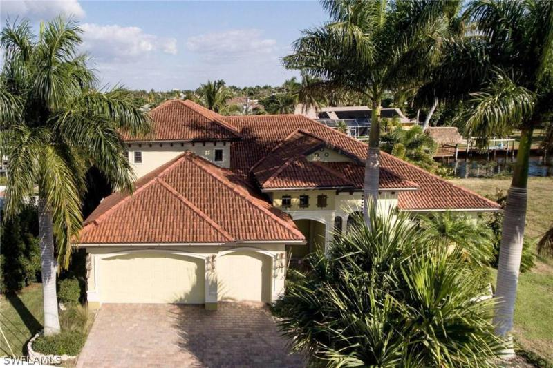 5367  Colony,  Cape Coral, FL