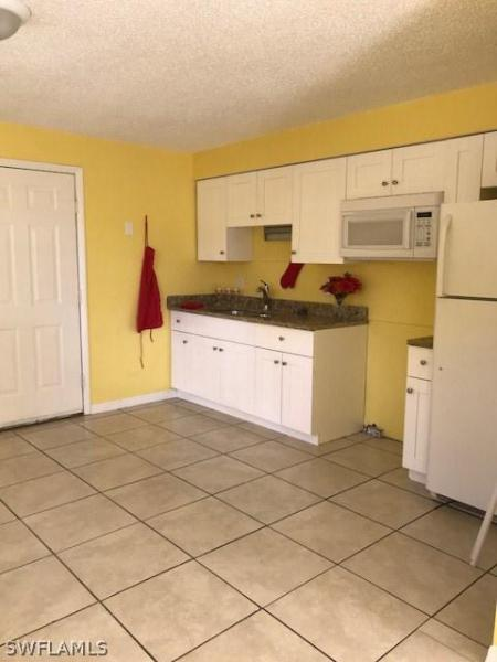 5537  10th,  Fort Myers, FL