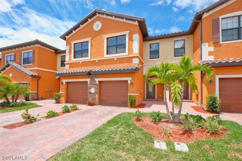 SUMMERLIN PLACE Fort Myers