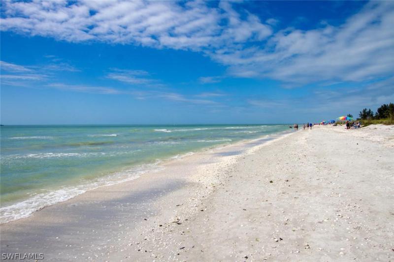 Photo of 2445 W Gulf Drive #C3, Sanibel, FL 33957