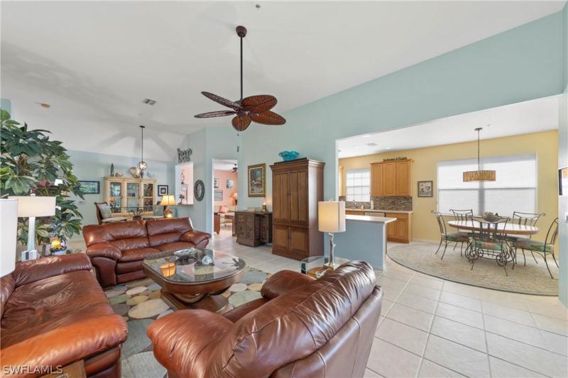 18920 Bay Woods Lake Dr #201, Fort Myers, Fl 33908