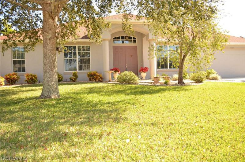 Briarcrest, Fort Myers in Lee County, FL 33912 Home for Sale