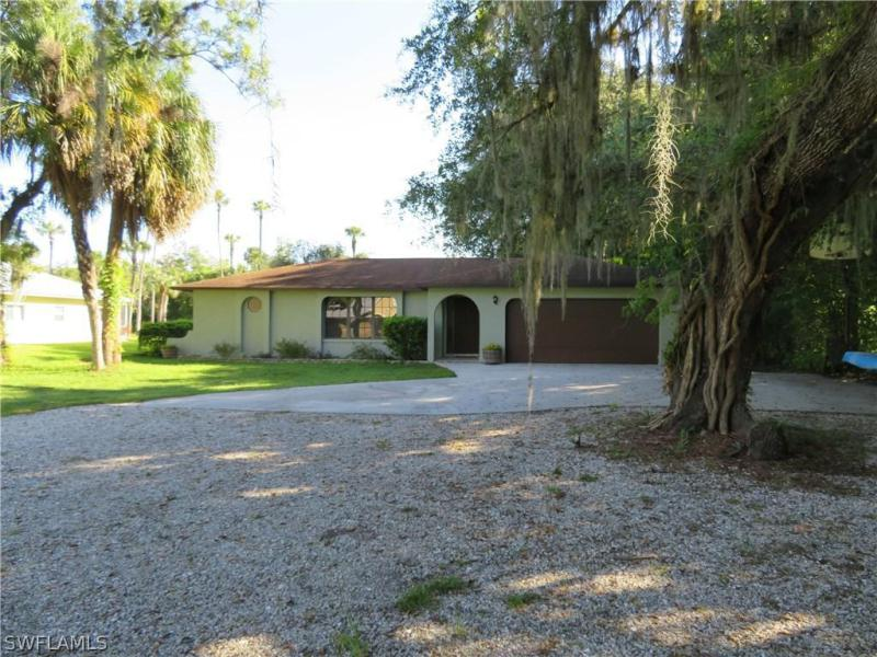 1708  Caloosa Estates,  Labelle, FL