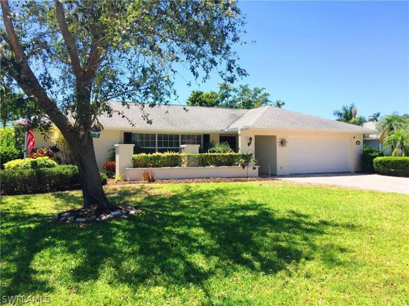 5612  Amoroso DR, Fort Myers, FL 33919-