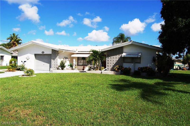 Pinecrest, Cape Coral, Florida