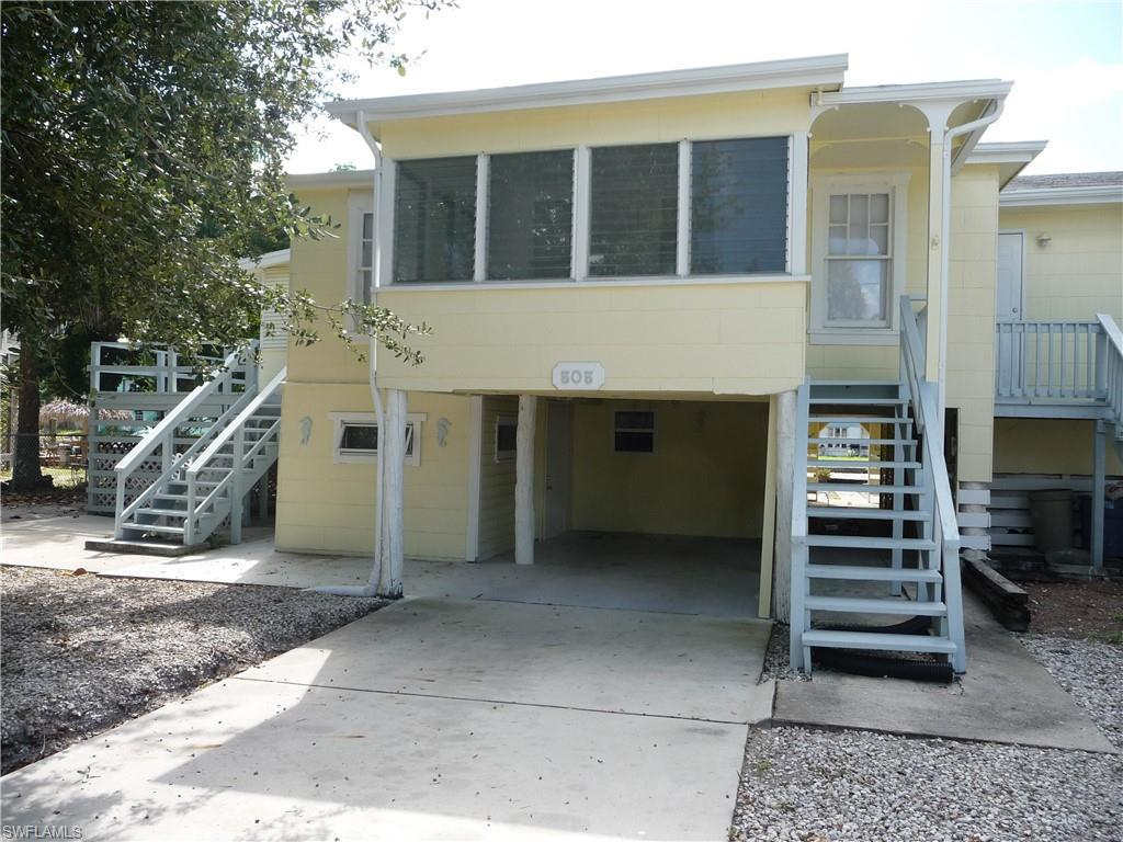 17261  Whitewater CT, Fort Myers Beach, FL 33931-