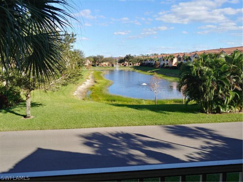 20121  Estero Gardens CIR Unit 102, Estero, FL 33928-