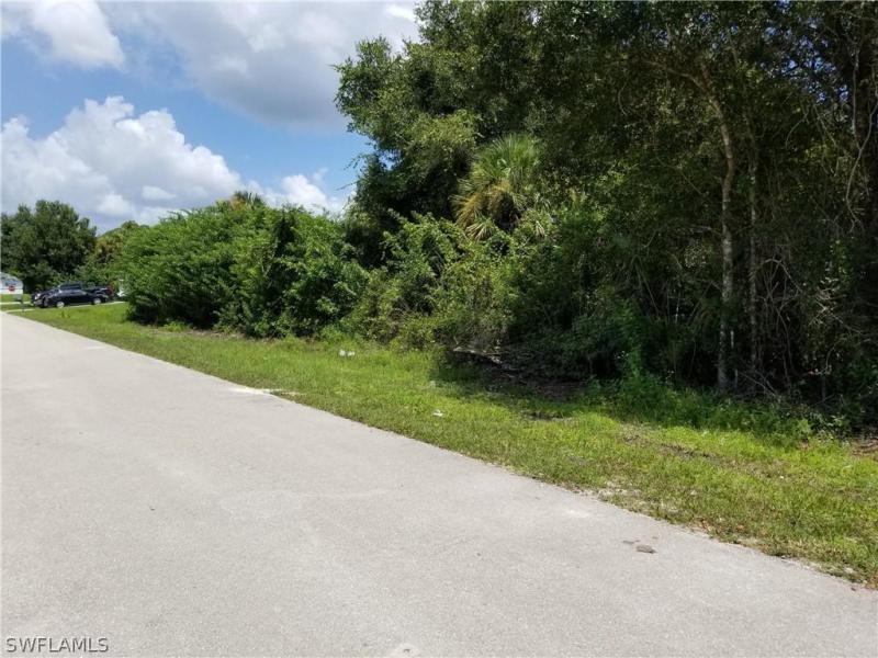 6072  Latimer,  Fort Myers, FL