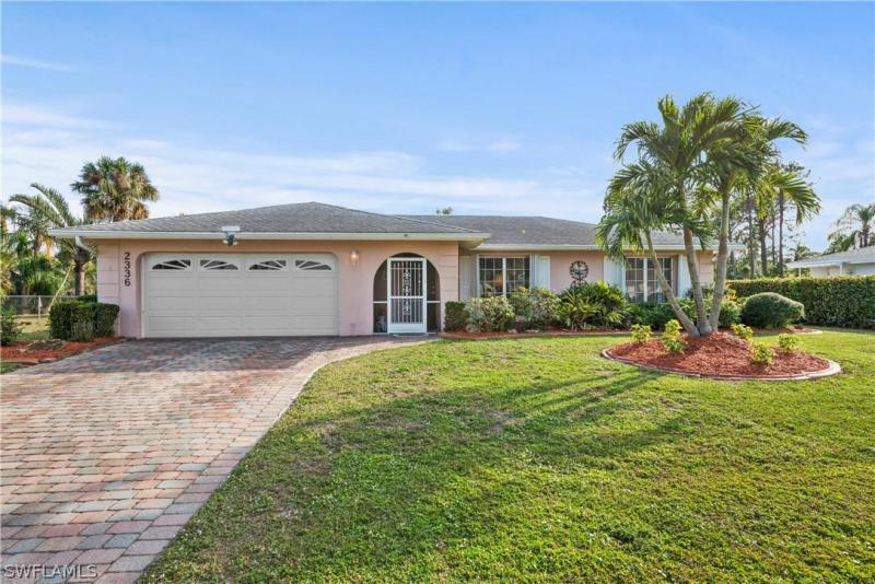 2336 Kent AVE Fort Myers, FL 33907 photo 1