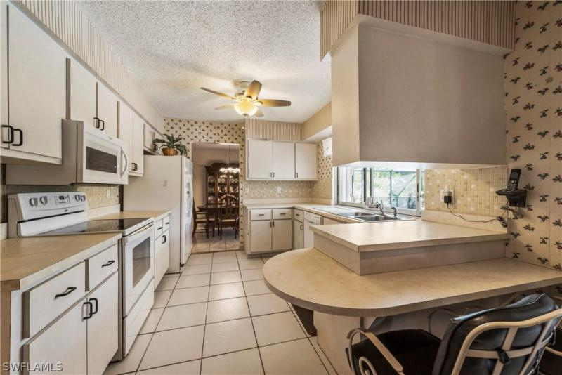 2336 Kent AVE Fort Myers, FL 33907 photo 16