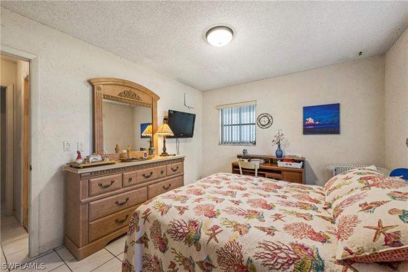 2336 Kent AVE Fort Myers, FL 33907 photo 21