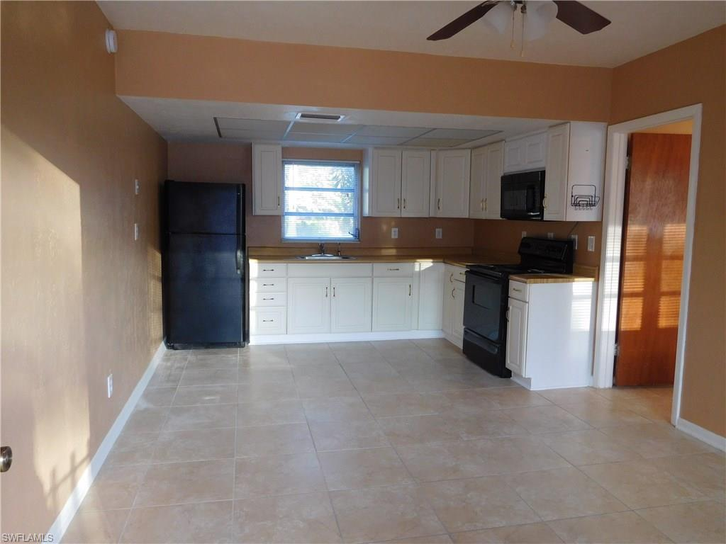 73  Cabana AVE, North Fort Myers, FL 33903-