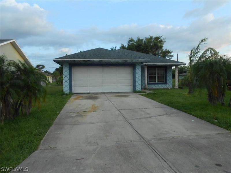Photo of 3440 Jeffcott Street, Fort Myers, FL 33916
