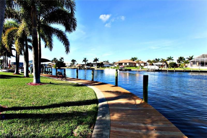 Seminole, Cape Coral, Florida