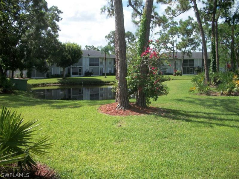 7092  Nantucket,  North Fort Myers, FL
