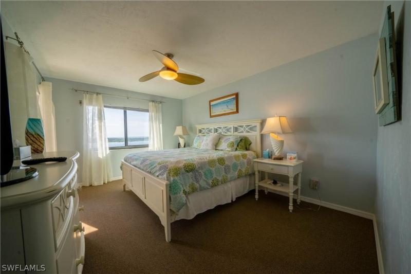 8402 Estero Blvd #704, Fort Myers Beach, Fl 33931