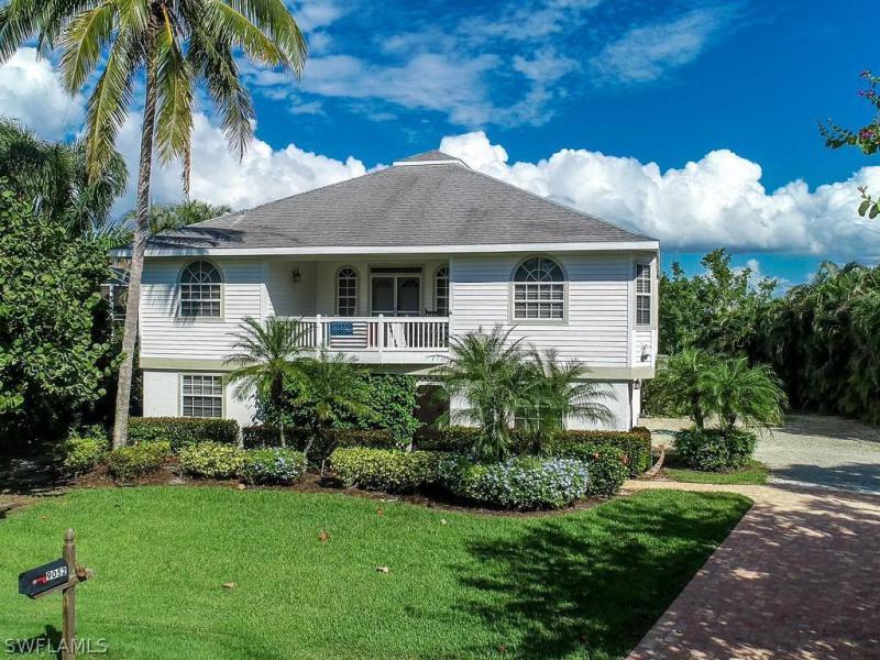 Mockingbird, Sanibel, Florida