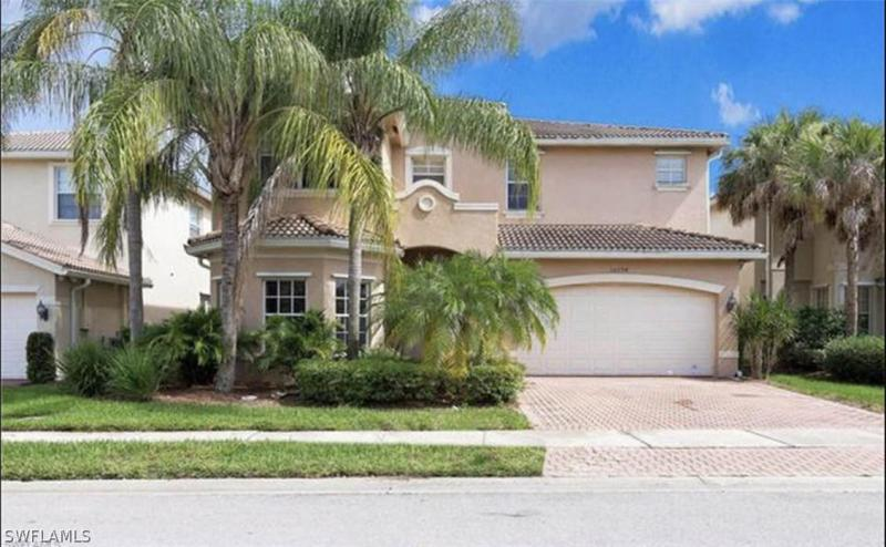 10422  Blue Beech LN, Fort Myers, FL 33913-