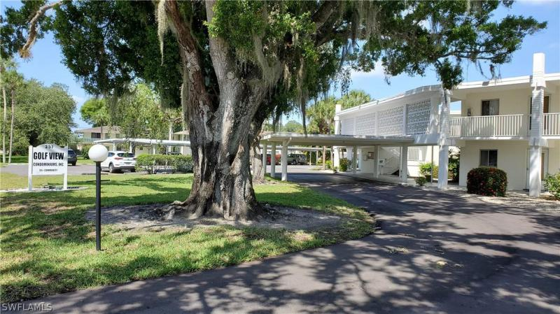 29  Hamlin CT, Lehigh Acres, FL 33936-