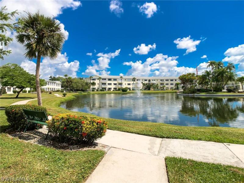 For Sale in STRATFORD PLACE CONDO Fort Myers FL