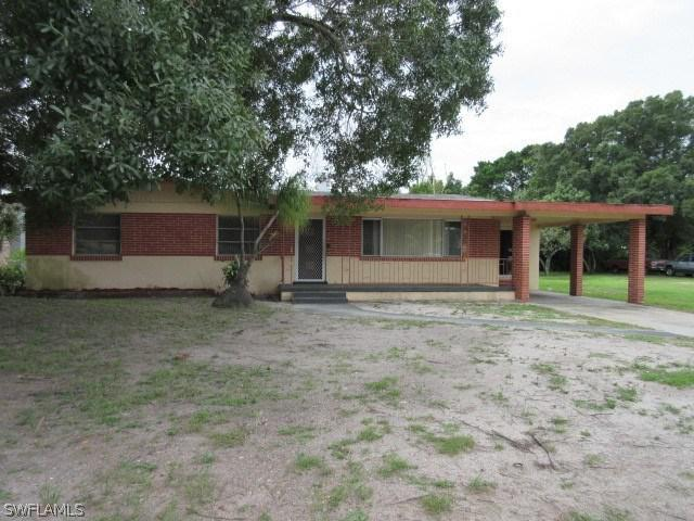 1846 Maple DR, Fort Myers, FL 33907