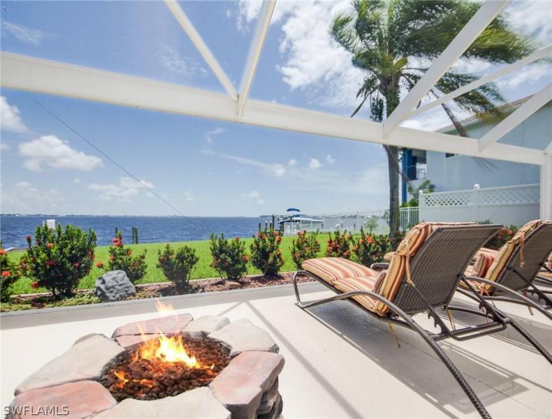 2298 SE 28th,  Cape Coral, FL