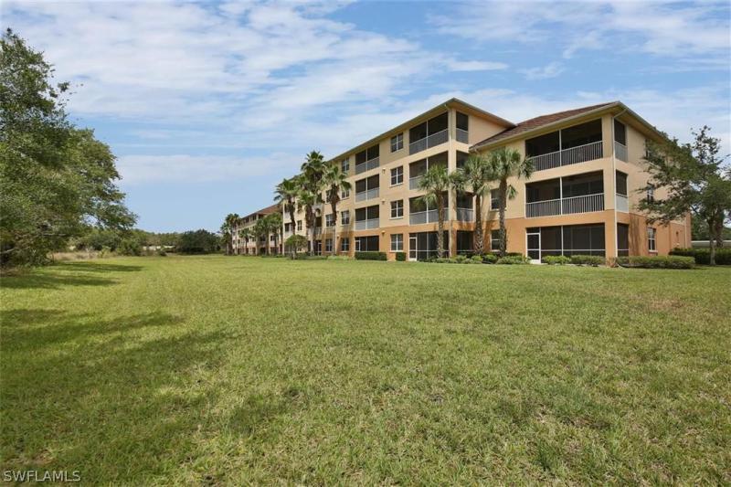 10520  Amiata WAY Unit 402, Fort Myers, FL 33913-