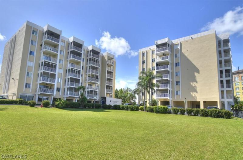 2875 Palm Beach 202, Fort Myers, FL, 33916