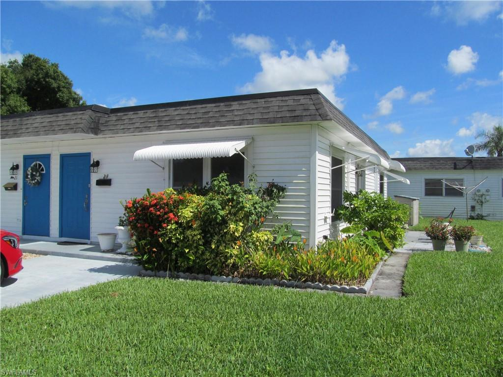42  Tangelo CT, Lehigh Acres, FL 33936-