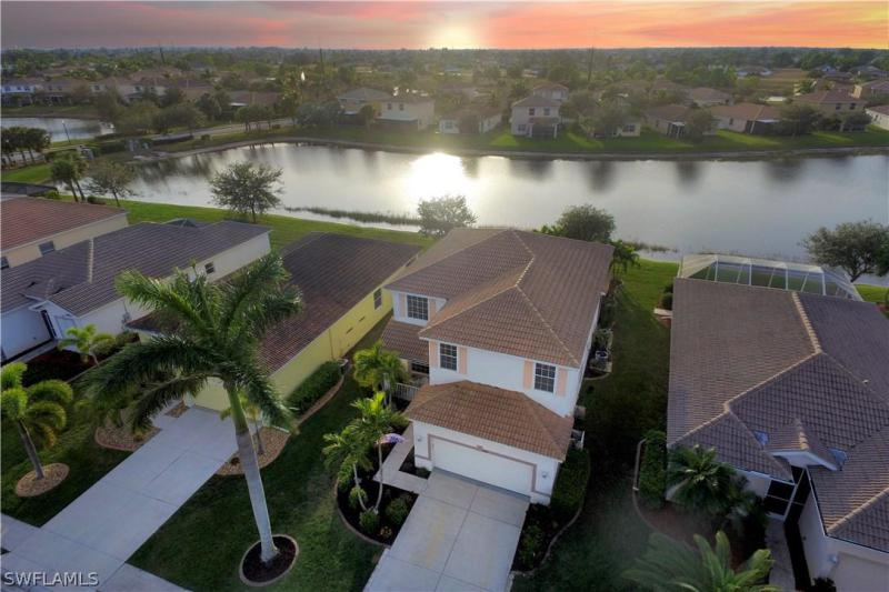2677  Sunset Lake DR, Cape Coral, FL 33909-