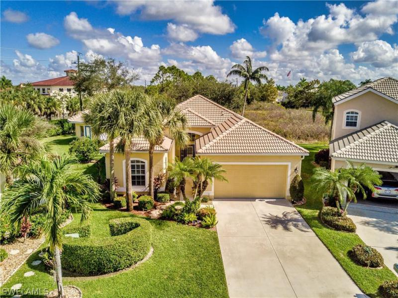28261  Hidden Lake DR, Bonita Springs, FL 34134-