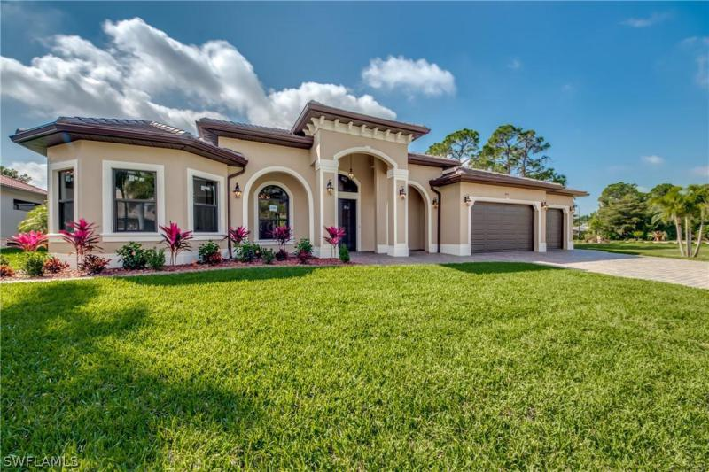 Palmetto Pointe, Cape Coral, Florida