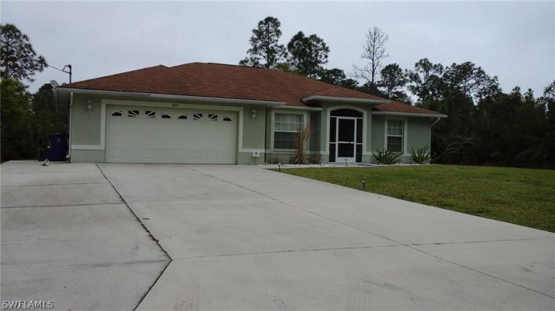 904  Willard,  Lehigh Acres, FL