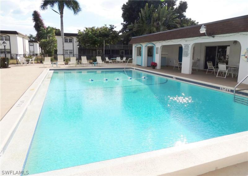 1560 Colonial BLVD Unit 121, Fort Myers, FL 33907