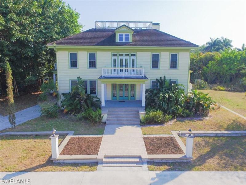 336  Van Buren,  Fort Myers, FL
