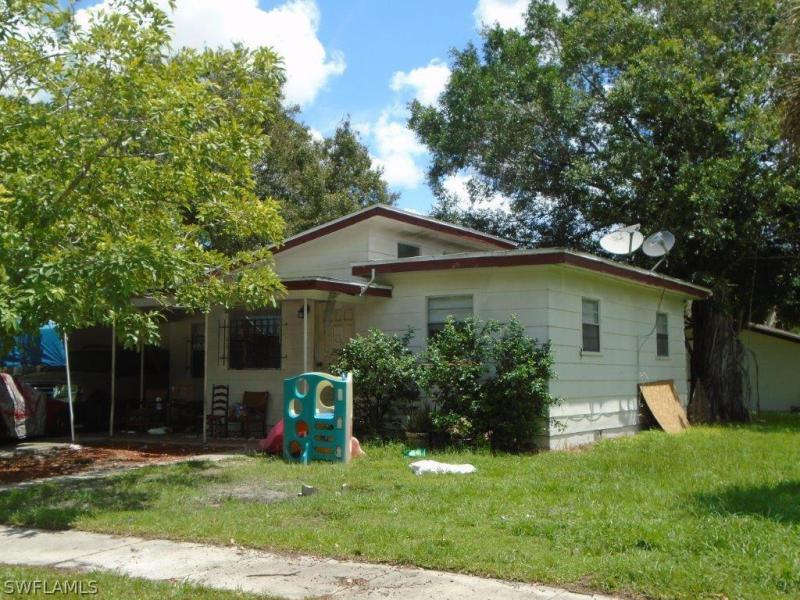 Image of 429 Fairfax DR  # Fort Myers FL 33905 located in the community of RUSSELL PARK ANEX