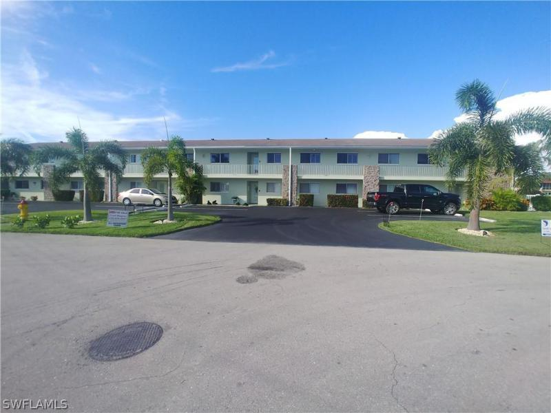 5111 Santa Rosa Ct #2e, Cape Coral, Fl 33904