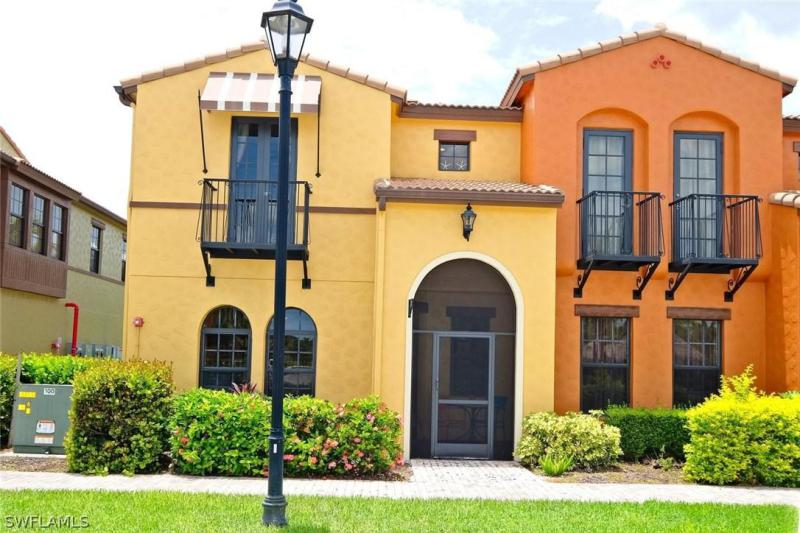 8788  Javiera,  Fort Myers, FL