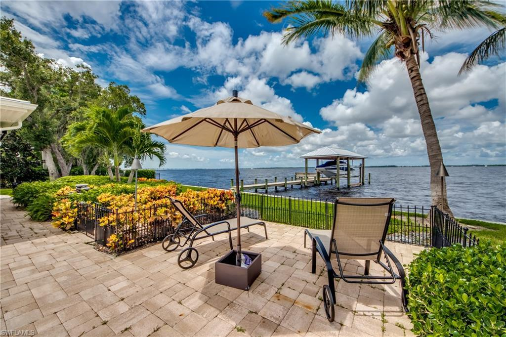 1209 Coconut, Fort Myers, FL, 33901