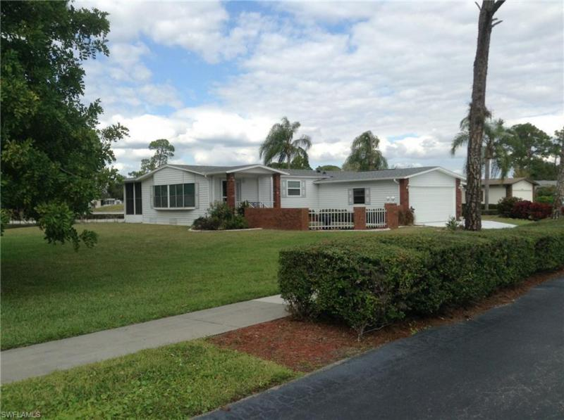 10104  Pine Lakes,  North Fort Myers, FL