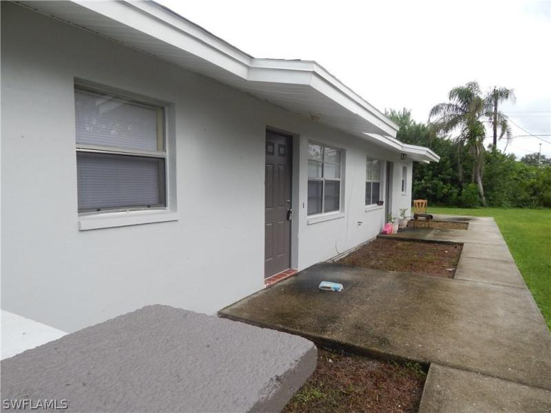 1920  Suwanee AVE, Fort Myers, FL 33901-
