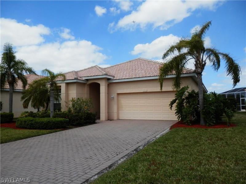 4639  Baincrest,  Lehigh Acres, FL
