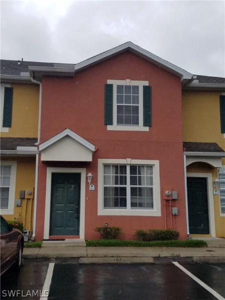 Pine Oak, Fort Myers in Lee County, FL 33916 Home for Sale