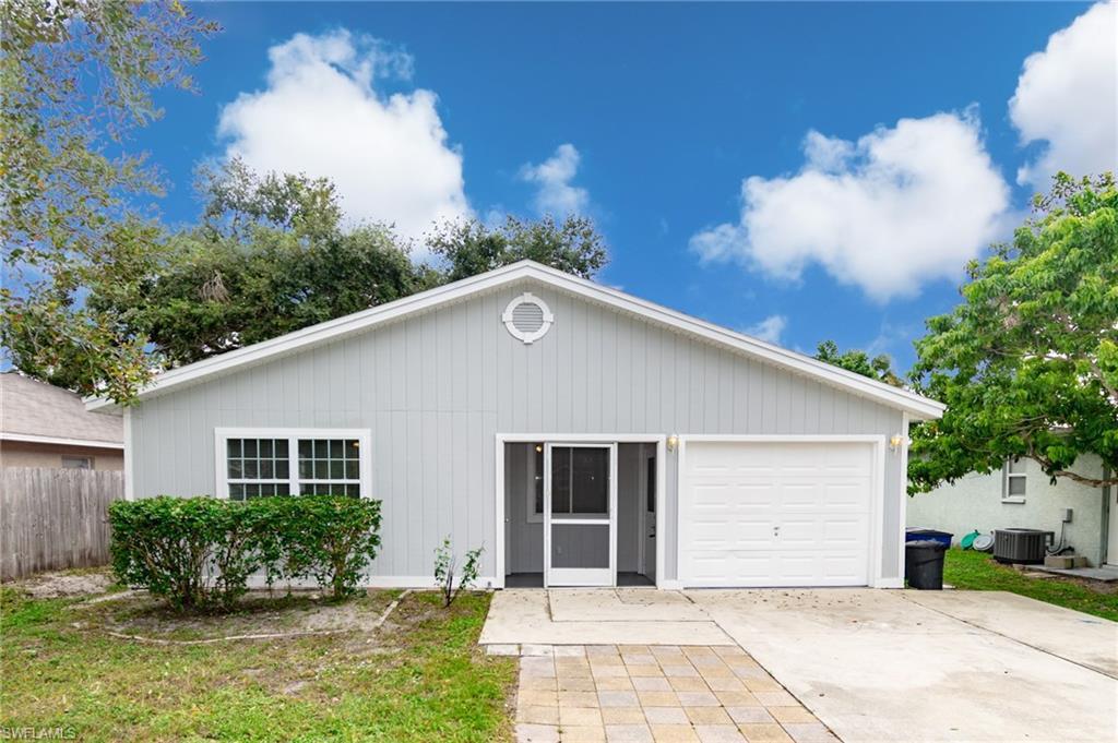 27941  Quinn ST, Bonita Springs, FL 34135-