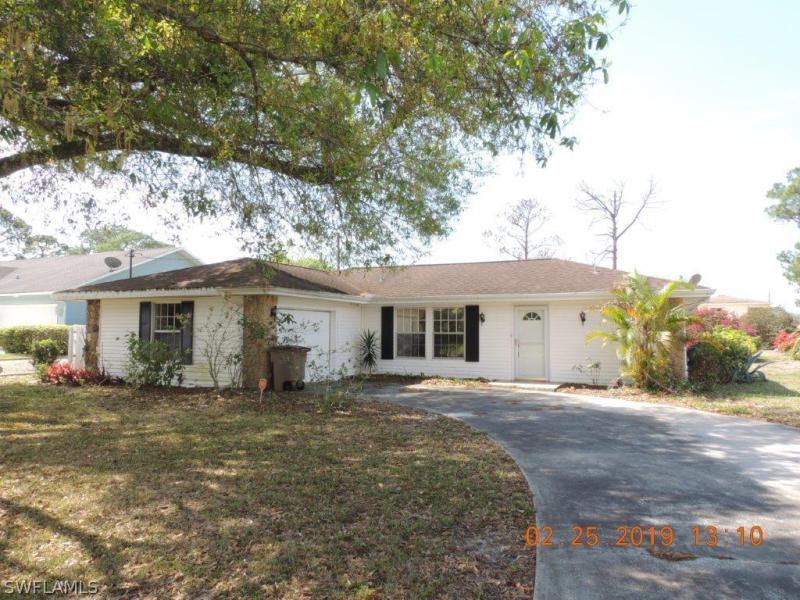 4402 S Ruth AVE, Lehigh Acres, FL 33976-