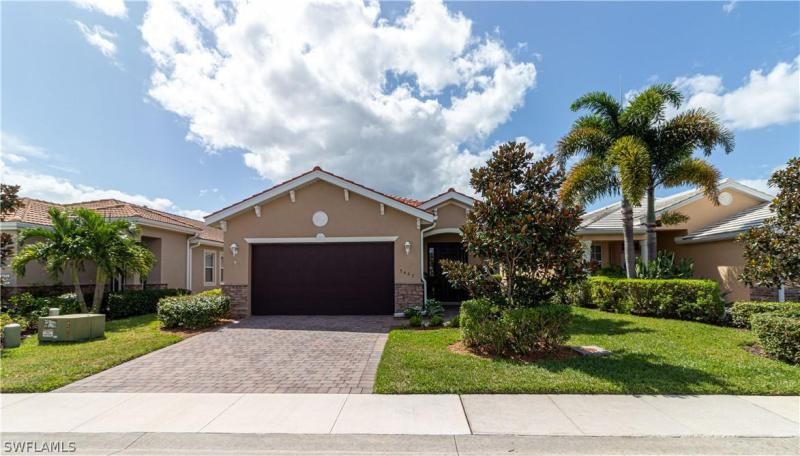 3467  Crosswater,  North Fort Myers, FL